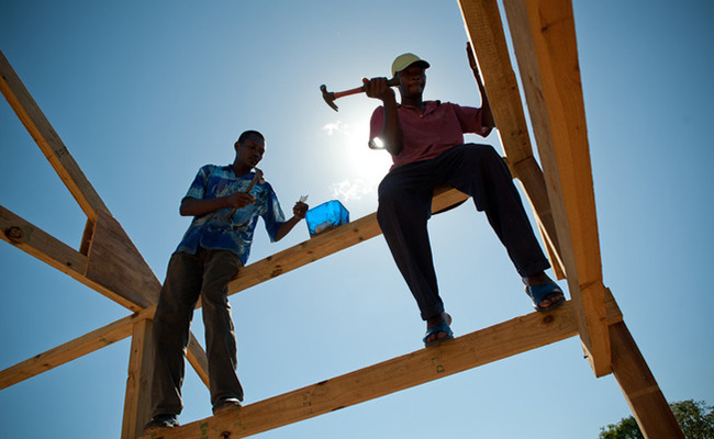 Tearfund project helping the building of a new school in Haiti
